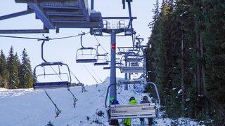 Зимните курорти - между надежда за добър сезон и отчаяние да загубят туристи и персонал